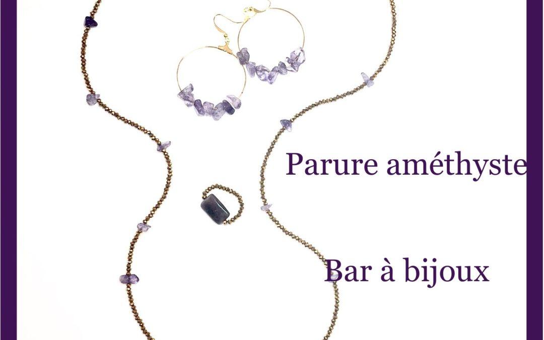 Les créations du Bar à Bijoux : parure Améthyste sautoir, bague et boucles d'oreille